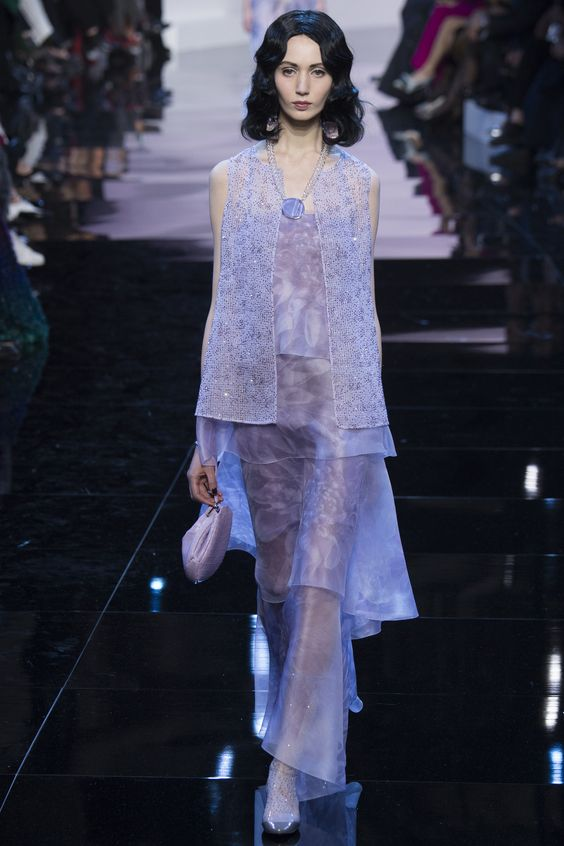 Armani Privé '16 Couture. I think my Aunty literally had this outfit in the 60s. Lilac sheen silk has never looked this good.